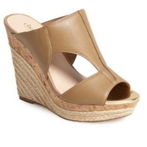 NEW Charles by Charles David Women's  Wedge Sand